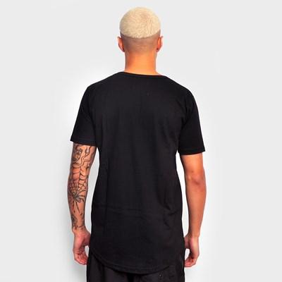 Camiseta Dabliu Triangulo Preta