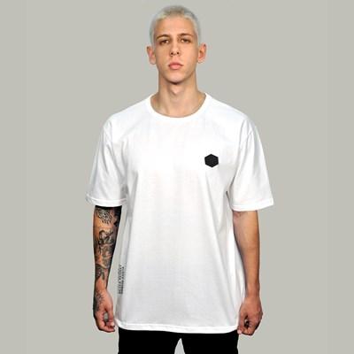 Camiseta Regular Basic Branca Borracha Preta Dabliu