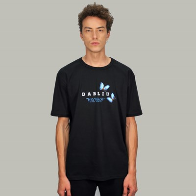 Camiseta Regular Butterfly Preta Dabliu